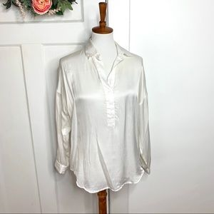 Cabi Ivory Off White Silky Popover Career Blouse